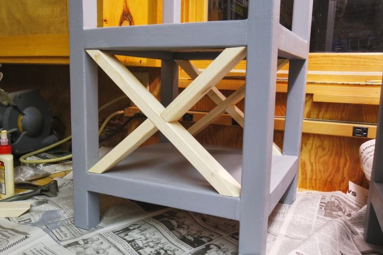 DIY Small X End Table | washingtonlincoln.com